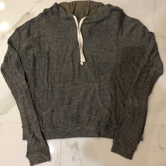 F21 Grey/Black Stripped-Pullover Hoodie Size:S